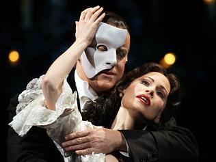 992413-phantom-of-the-opera