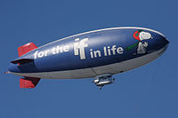200px-Metlife_snoopy_two_blimp